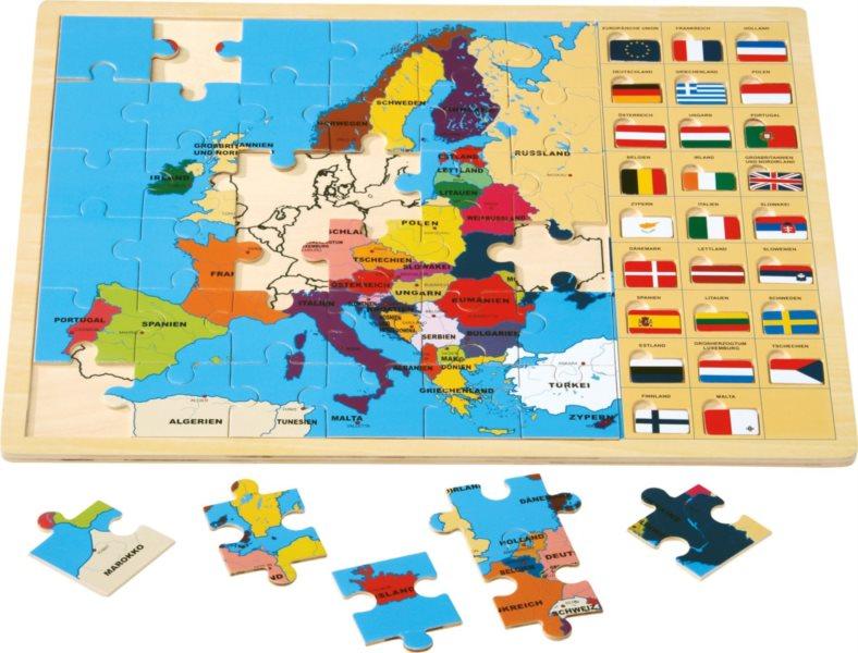 SMALL FOOT Dřevěné puzzle Mapa Evropy s vlajkami 36 dílků