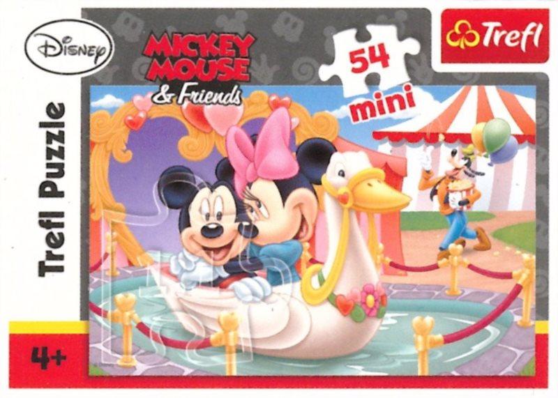 TREFL Puzzle Mickey Mouse: Na labuti 54 dílků