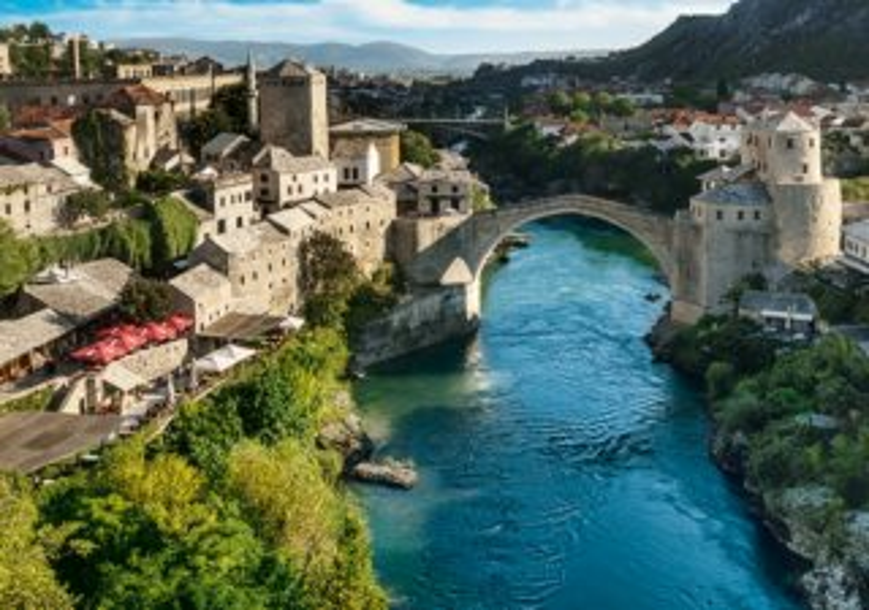 Puzzle TREFL 1000 dílků - Mostar, Bosna a Hercegovina