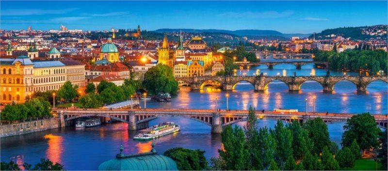 CASTORLAND Panoramatické puzzle Noční Praha 600 dílků
