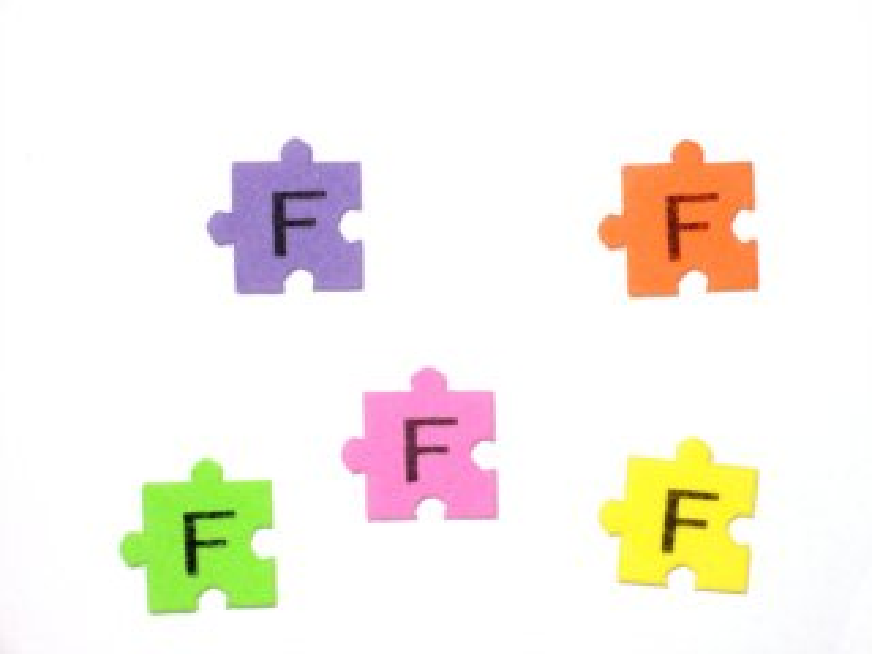 Pěnové puzzle písmenko F (2ks)