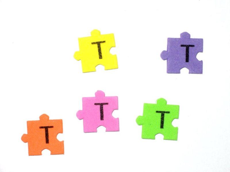 Pěnové puzzle písmenko T (2ks)