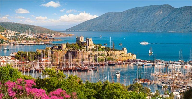 Puzzle CASTORLAND 4000 dílků - Bodrum Marina, Turecká riviéra