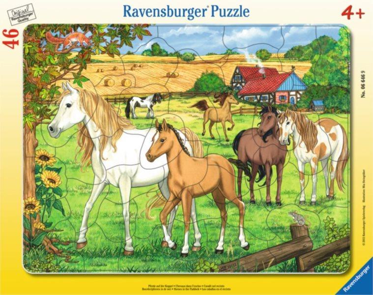 RAVENSBURGER Puzzle Koně ve výběhu 46 dílků