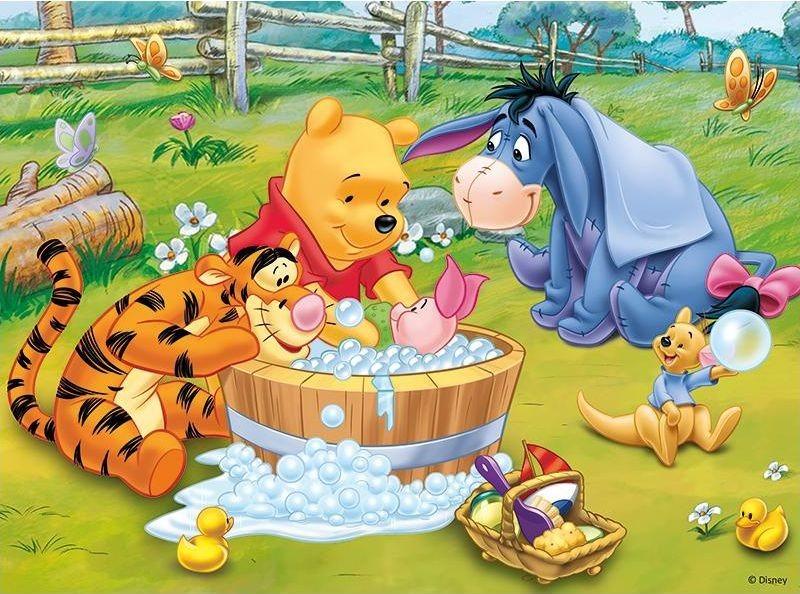 TREFL Puzzle Medvídek Pú: Koupel prasátka 30 dílků