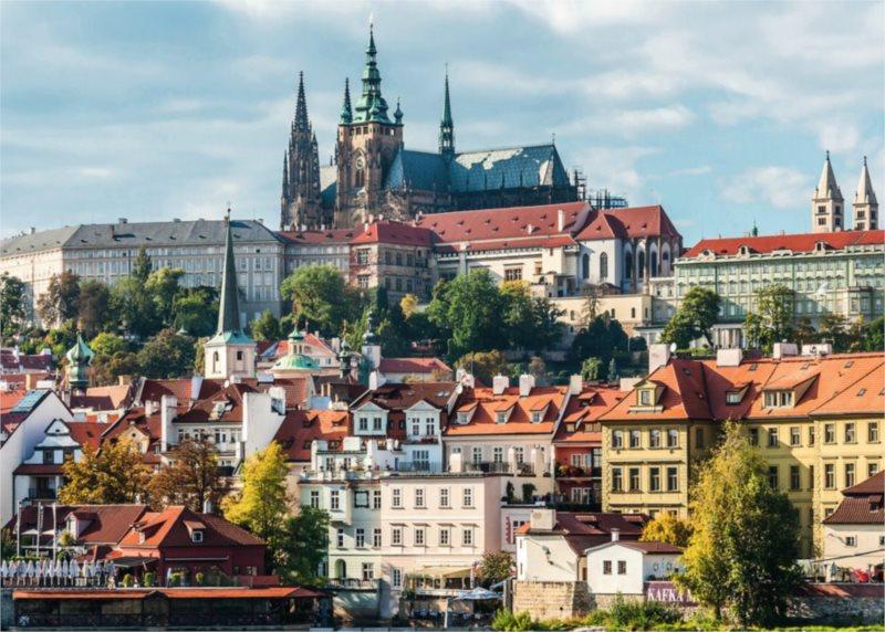RAVENSBURGER Puzzle Pražský hrad, Česká republika 1000 dílků