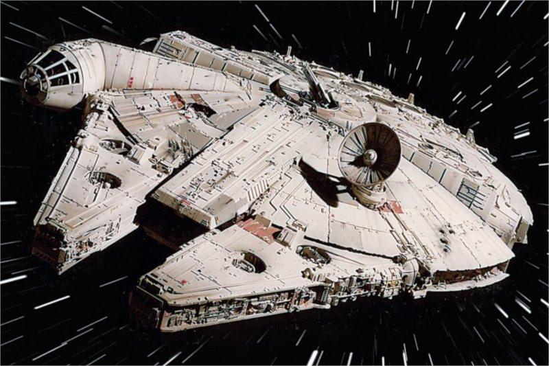RAVENSBURGER Puzzle Star Wars: Millenium Falcon 125 dílků