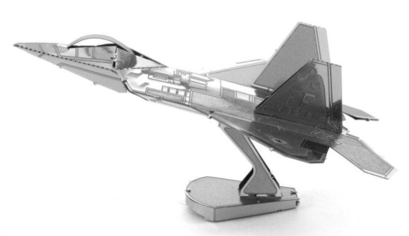 METAL EARTH 3D puzzle Stíhací letoun F-22 Raptor