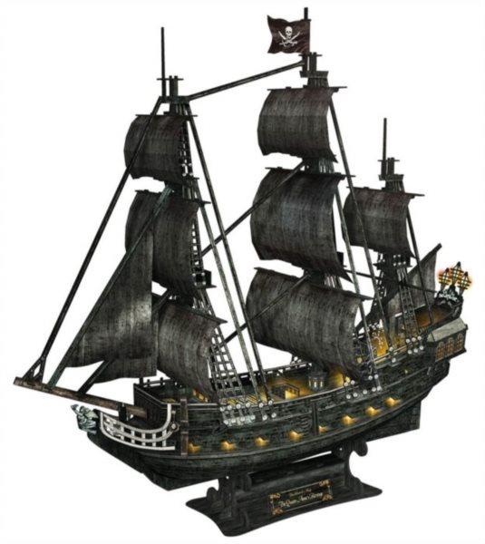 CUBICFUN Svítící 3D puzzle Plachetnice Queen Anne's Revenge 340 dílků