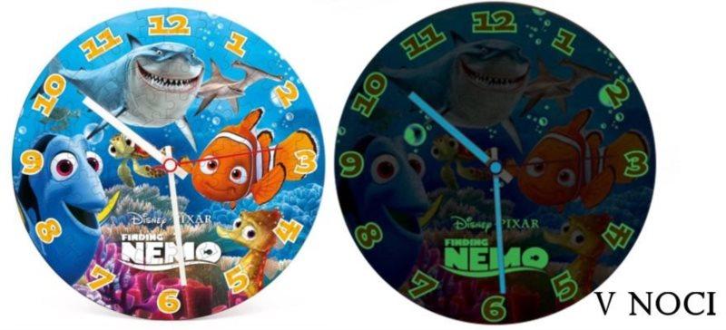 CLEMENTONI Svítící puzzle hodiny Hledá se Nemo 96 dílků